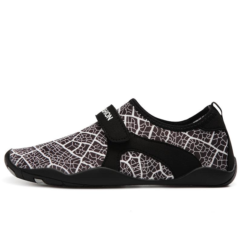 2021 water aqua shoes men Upstream shoes creek shoes for men